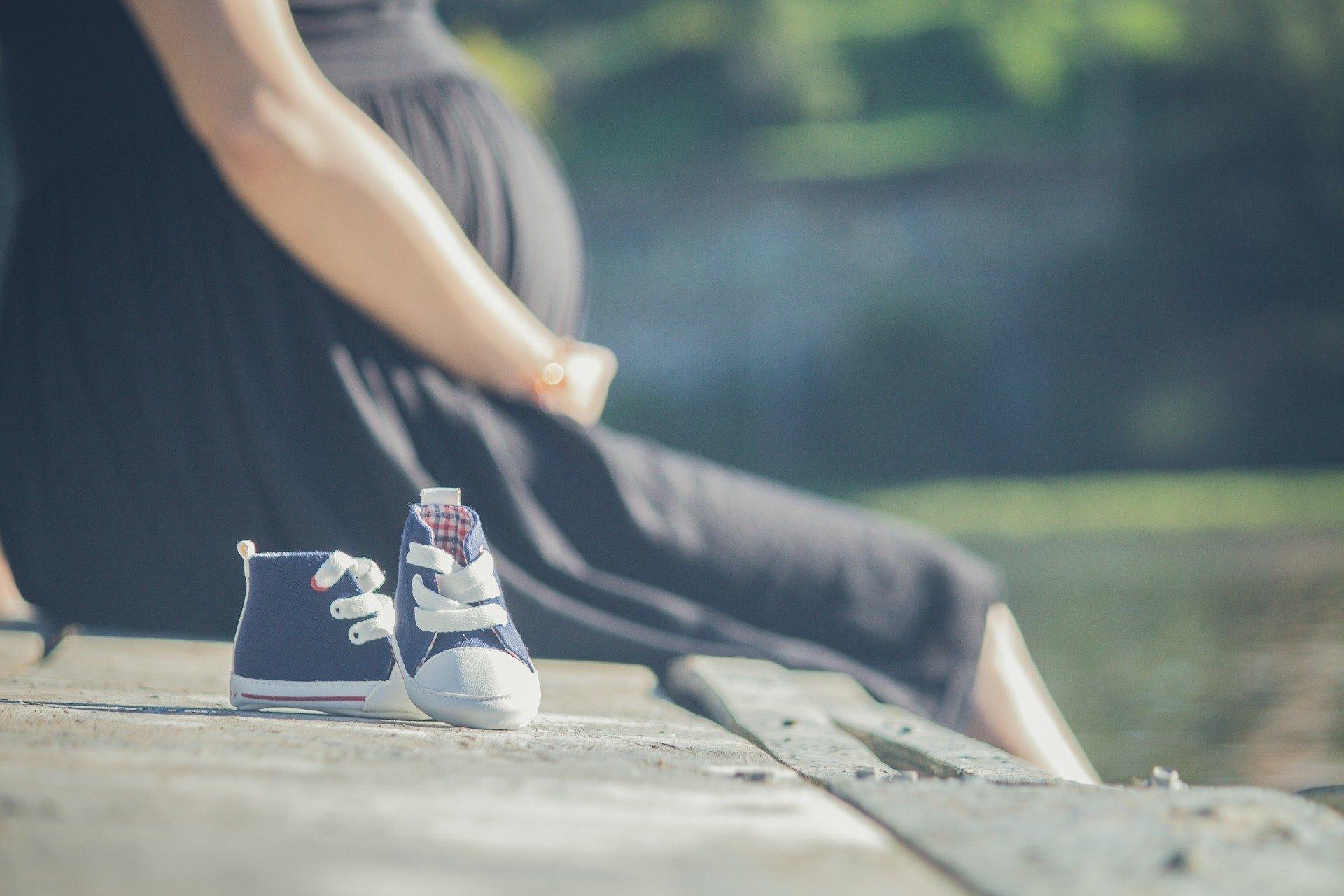 Ciąża a rozwiązanie umowy o pracę